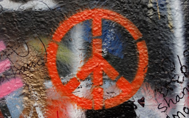 Peace sign, graffiti, Photo: Evag/Pixabay