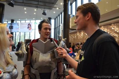 Und ein sehr freundliches Gespräch mit Interviewer PeeT.